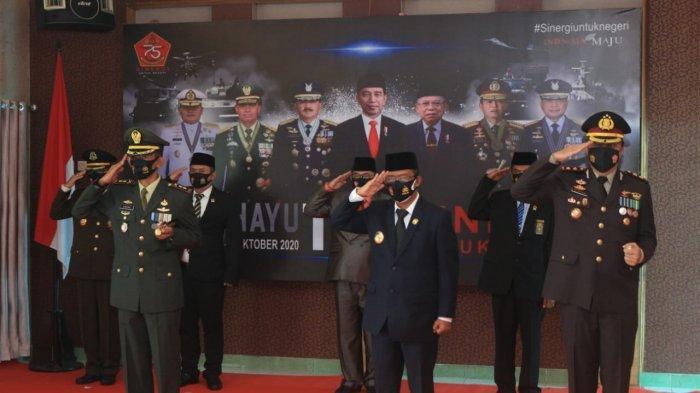 HUT TNI ke 75, Kodim 0912 dan Kepolisian Kubar Ajak Masyarakat Perangi Covid-19