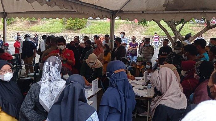 Vaksinasi di GOR Dwikora Nunukan Tak Sesuai Prokes, Warga Antre Berkerumun,Begini Penjelasan Dinkes