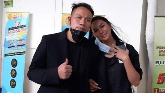 Vicky Prasetyo Kunjungi Calon Mertua, Ungkap Kondisi Ayah Kalina Ocktaranny yang Positif Covid-19