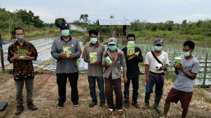 Astra Kreatif: PT WKP Beri Bantuan Holtikultura & Perlengkapan Pertanian kepada Kelompok Tani