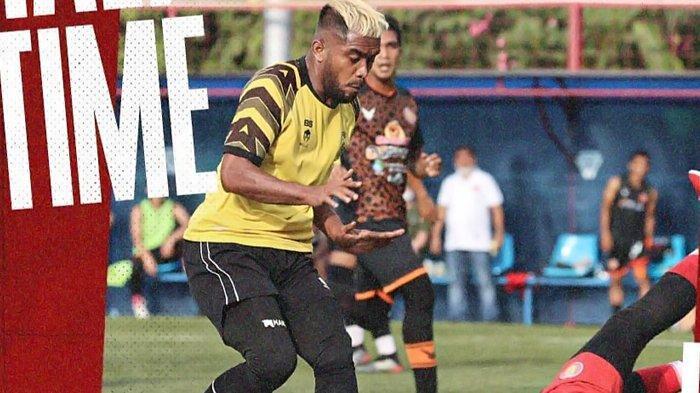 Aksi Brutal Eks Persib dan Persija Viral saat AHHA PS Pati FC vs Persiraja, Pemain Arema FC Bereaksi