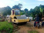 aktivitas-perawatan-jalan-di-wilayah-pertanian-kecamatan-malinau-barat.jpg