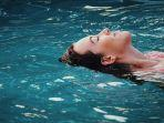 ilustrasi-berenang.jpg