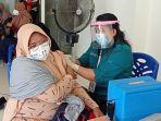kegiatan-vaksinasi-massal-oleh-satgas-covid-19-di-islamic-center-nunukan.jpg