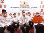 ketua-dpd-pks-nunukan-terpilih-burhanuddin-bersama-7-pengurus-baru.jpg
