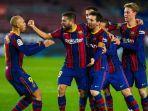 pemain-barcelona-jordi-alba-merayakan-gol-yang-dicetaknya-ke-gawang-real-sociedad-17122020.jpg