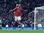 pemain-manchester-united-anthony-martial-merayakan-gol-ke-gawang-everton.jpg