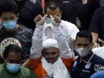 pemimpin-front-pembela-islam-fpi-muhammad-rizieq-shihab-saat-ditahan.jpg
