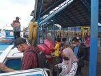 penumpang-speedboat-di-pelabuhan-kayan-ii.jpg