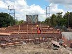 perbaikan-oprit-jembatan-jelarai-ditarget-selesai-sebelum-lebaran-2021.jpg