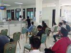 suasana-pelayanan-publik-di-dinas-dukcapil-malinau-20122020.jpg