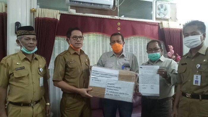 PT Sebuku Grup Bantu 5.500 APD ke Pemda Kotabaru