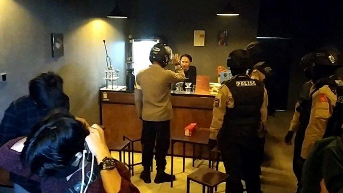 Malam Pergantian Tahun di Banjarmasin, Petugas Gabungan Temukan Kafe Melanggar Aturan