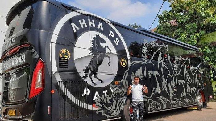 Bus milik Klub Liga 2 AHHA PS Pati FC