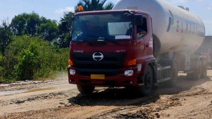 Masih Terbatas, Jalan Gubernur Syarkawi Mulai Bisa Dilalui Angkutan LPG