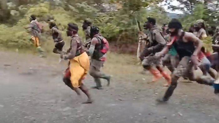 KKB Papua Makin Mengerikan, Guru SD Tewas Ditembak, 3 Sekolah Dibakar, Tenaga Pendidik Diungsikan