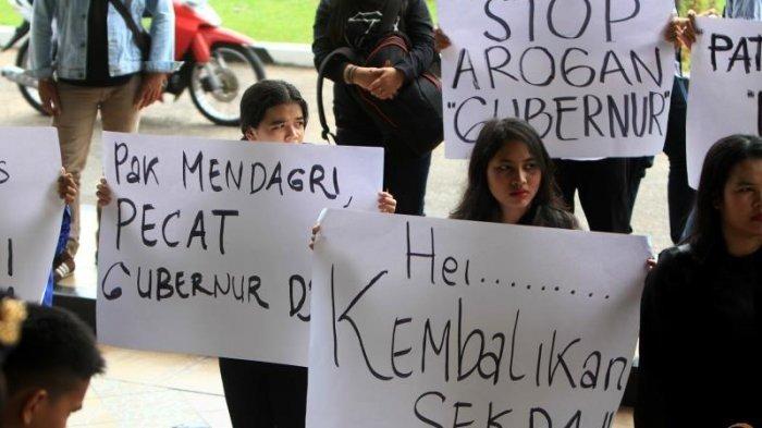Warga Demo Gubernur Kalbar, Sampaikan 7 Tuntutan Ini