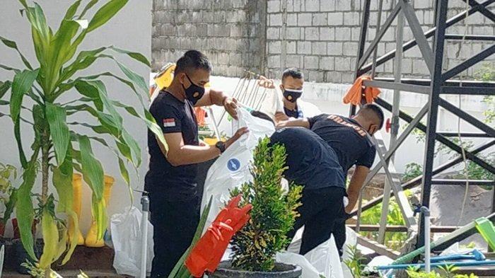 Personel Polda Kalteng 24 Jam Dikerahkan Bantu Penanganan Jenazah Covid-19 di Palangkaraya