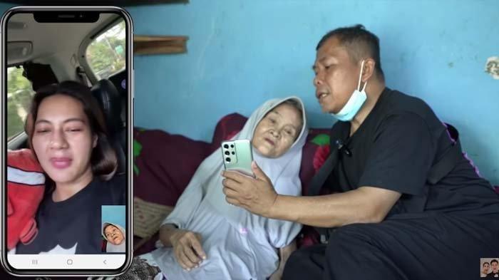 Terpisah dari Baim Wong, Kini Nenek Iroh Lemah Terbaring di Ranjang & Membuat Paula Verhoeven Syok