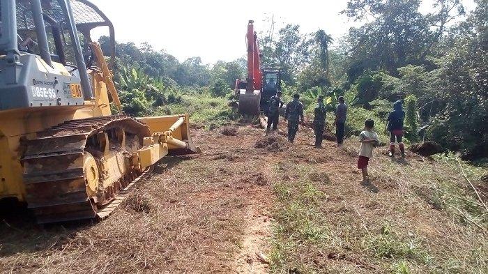Bupati Gandeng TNI Buka Keterisolasian, Bangun Jalan Tembus Enam Desa di Barsel