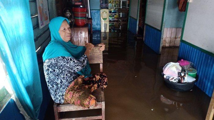 Banjir di Palangkaraya, Sungai Kahayan Meluap Rendam Rumah Warga Jalan Pantai Cemara Labat