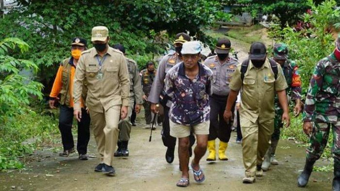 Bupati Lamandau Turun Langsung Berikan Bantuan Temui Warganya di Sejumlah Desa dan Kecamatan