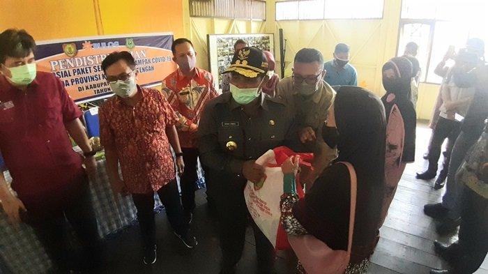 Pemprov Kalteng Salurkan Bantuan Sosial Sembako Tahap II Kabupaten Kapuas