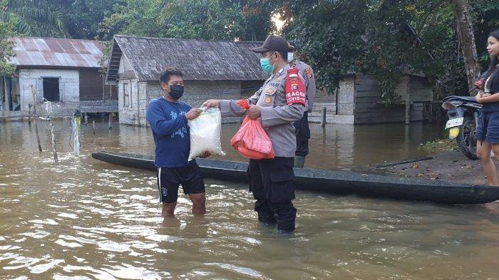 Banjir di Kabupaten Lamandau Meluas Hingga ke Kabupaten Katingan di Kalteng, Bantuan Mulai Mengalir