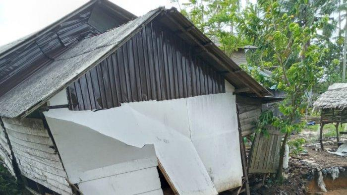 Rumah Nyaris Ambruk di Pagatanbesar Tala Kalsel Bertambah Jadi Tujuh Unit