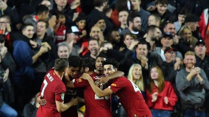 Piala Liga Inggris - Liverpool Unggul 2 Gol Tanpa Balas oleh James Milner dan Ki-Jana Hoever