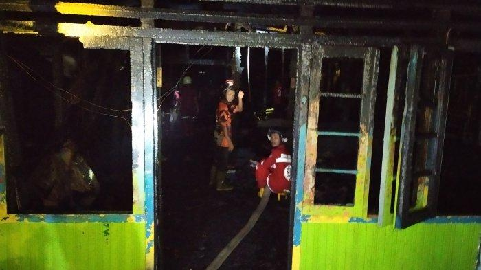 Geger Gang Sepakat Telaga Biru Banjarmasin, Lima Rumah Habis Terbakar