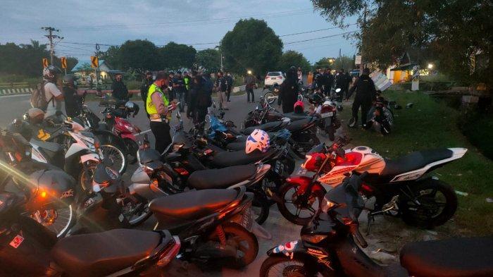 Balapan Liar Lingkar Dalam Palangkaraya Kalteng Kocar-kacir Dikepung Polisi, 15 Remaja Terjaring