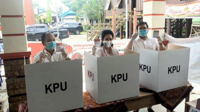 Usai Mencoblos di TPS 14 Kapuas, Ben Brahim Sampaikan Keyakinan Menangkan Pilkada Kalteng