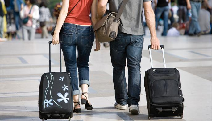 Mau Tiket Pesawat Murah dan Harga Hotel Bersahabat?