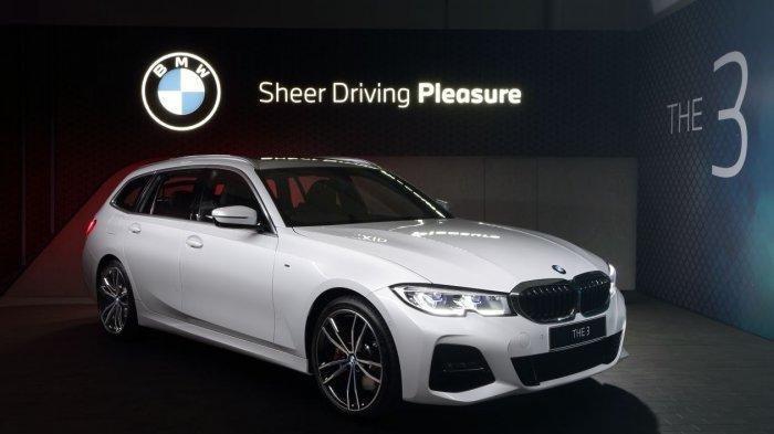 Ini Kemewahan BMW 320i Touring dan BMW 330i Sedan, Hadirkan Teknologi Terbaru