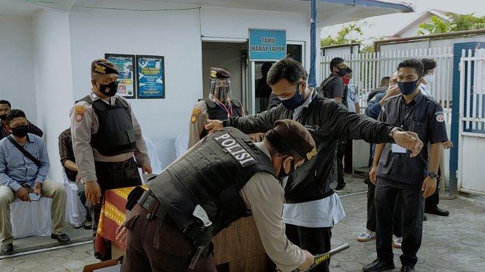 Kantor BNNP Dijaga Ketat Saat Pemeriksaan Narkoba Bacalon Gubernur Kalteng