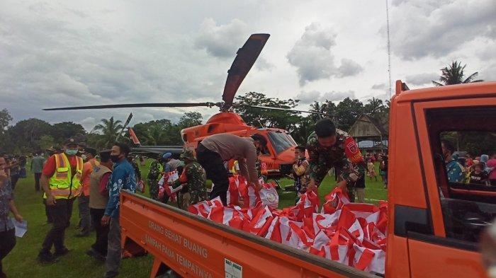 Banpres Barabai HST Disalurkan ke Awayan dengan Helikopter