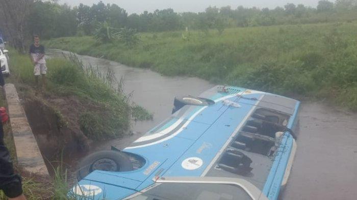 Bus Damri Masuk Parit di Palangkaraya Diduga Human Error, 1 Penumpang Tewas