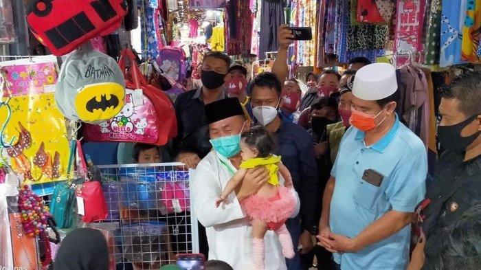 Cagub Sugianto Sabran Blusukan ke Pasar Sampit dan Pasar Samuda Kotim