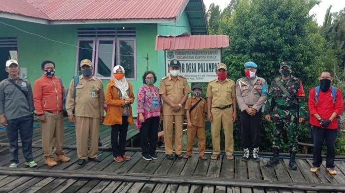Kaltengpedia - Disdagperinkop Targetkan Kecamatan Kapuas Kuala Jadi Sentra Industri