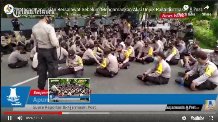 VIDEO Polisi Bersalawat Sebelum Mengamankan Aksi Unjuk Rasa di Depan Kantor DPRD Provinsi Kalsel
