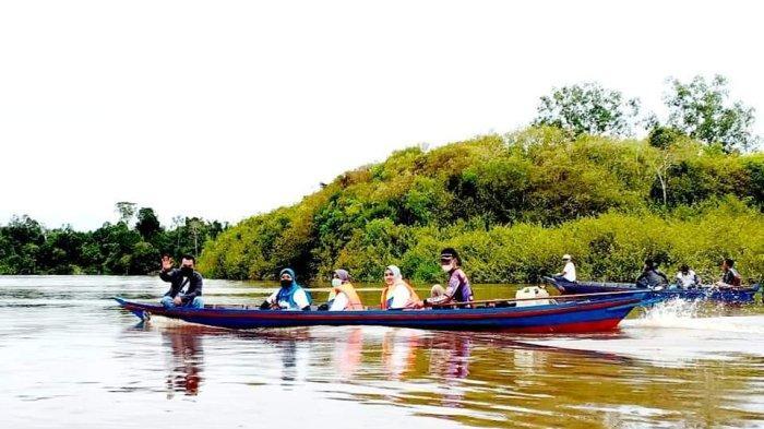 Program Restocking Ikan di Kota Palangkaraya Diuntungkan pada Musim Hujan