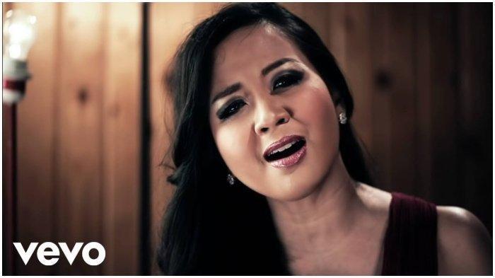 Cara Download Lagu Terpukau Milik Astrid lengkap Lirik Lagu dan Video Klip
