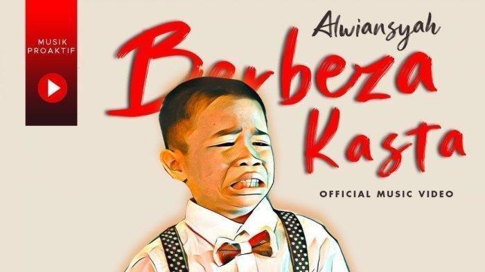 Download Lagu Berbeza Kasta Versi mp3 lagu dari Alwiansyah Lengkap Videonya