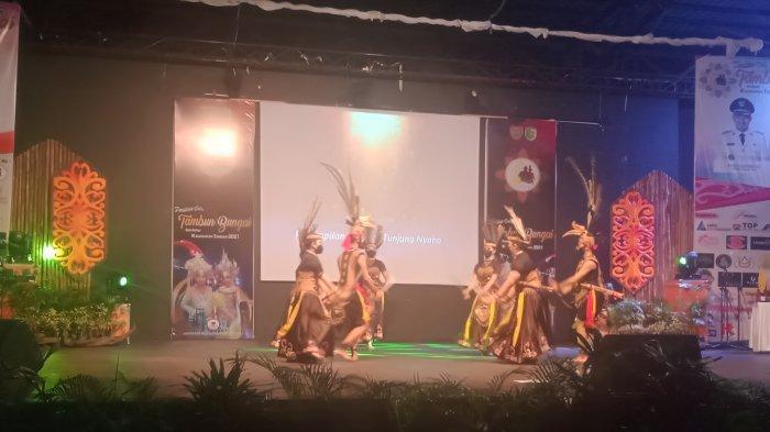 Yoan Agnes  dan Andra Pratama Terpilih Jadi Bawi dan Hatue Duta Tambun Bungai 2021