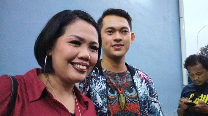 Elly Sugigi dan Irfan Sebastian Saling Serang di Medsos, Tantang Soal Ini!