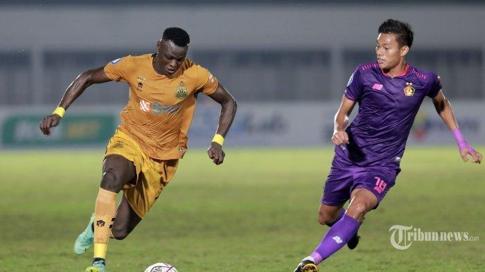 Jadwal Liga 1 2021, Statistik Persib vs Bhayangkara FC, Nasib Ezechiel Dibanding Robert Alberts