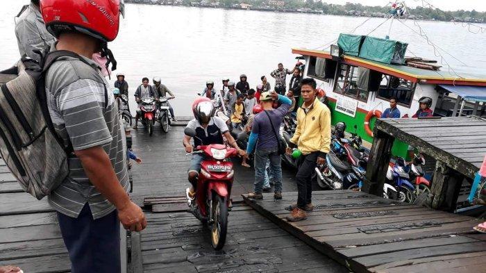 Kesusahan Warga Kecamatan Seranau Kotim Bangun Rumah Permanen, Belum Ada Jembatan Penyeberangan