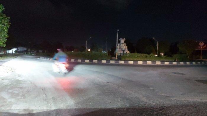Minim PJU, Kawasan Bundaran Garuda ke Arah Bukit Keminting Rawan Kecelakaan