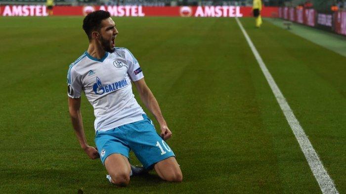 Schalke 04 Lolos Karena Unggul Agresivitas Gol Tandang